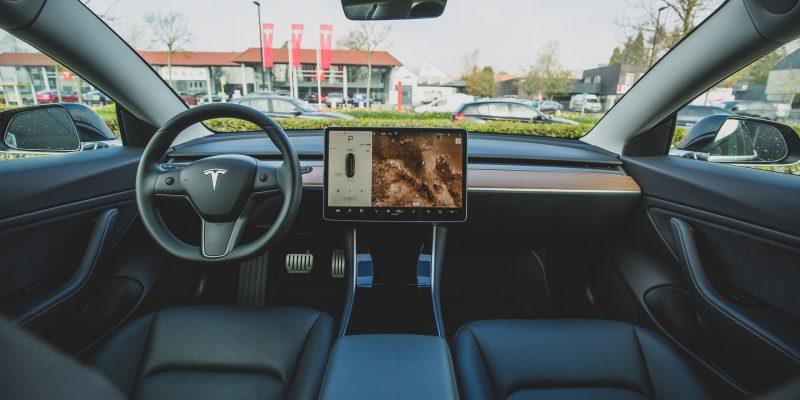 4 redenen om voor een elektrische auto te gaan - voordemannen.nl